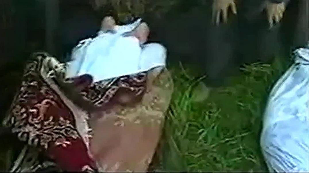 Похороны жертв ракетно-бомбового удара Российских ВВС по село Элистанжи  7 октября 1999 года