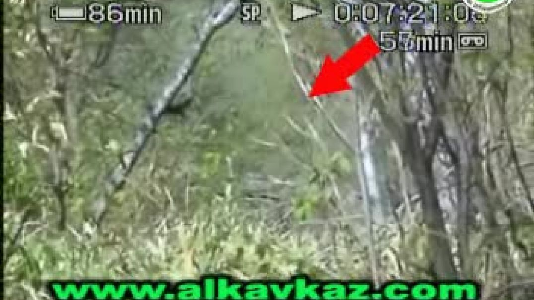 Подрыв российских оккупантов в Дарго || Chechnya: IED attack on BMP 25/03/2007